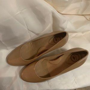 New 8.5 comfy heels.